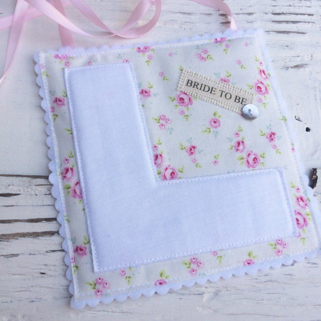 Mini Rose Hessian L Plate - thefancyhen.ie