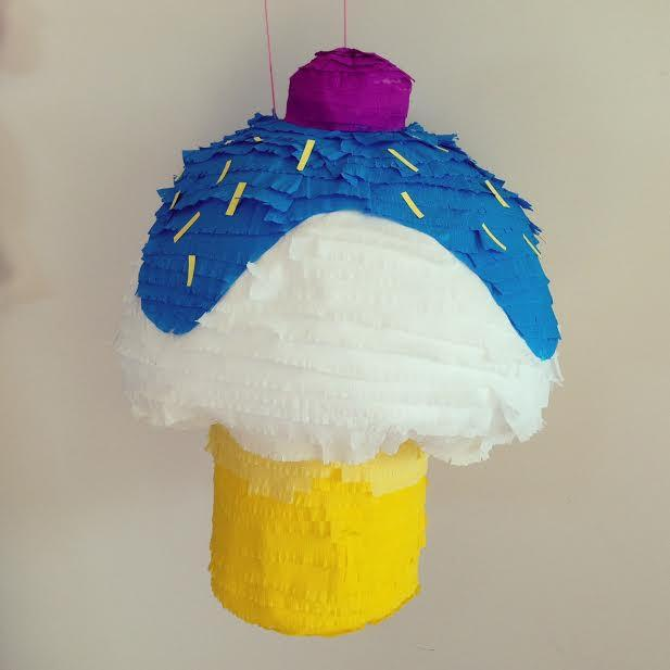 Pinata Cupcake - thefancyhen.ie